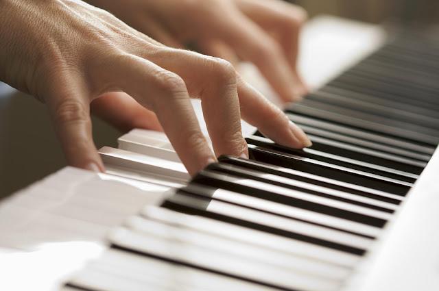 Hướng dẫn Cách luyện ngón trên đàn PIANO