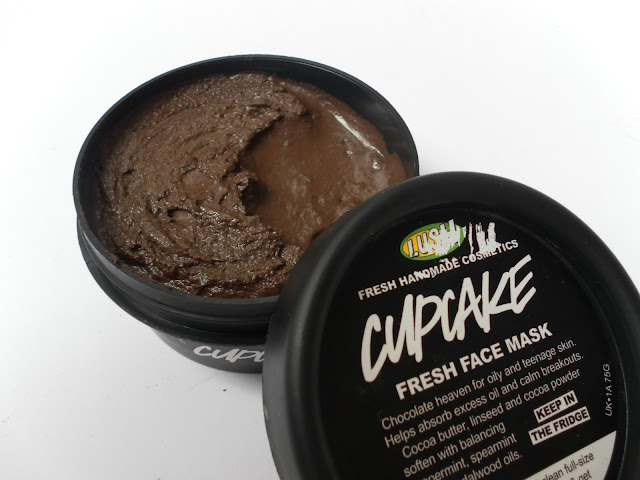 A picture of Lush Cupcake Fresh Face Mask
