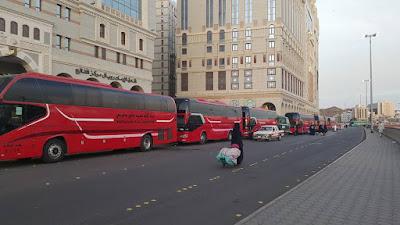 Bus yang sangat mewah ini di persiapkan untuk mengantar para jamaah SBL yang akan melakukan tour di Madinah