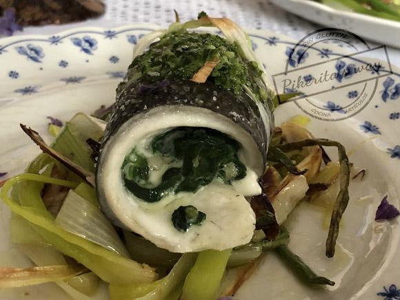 Lubina rellena con verduras. Dieta Mediterránea