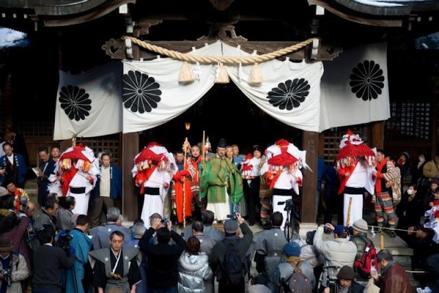 Tanokami Matsuri (Flower Hat Festival), Gero Hot Springs, Gifu Pref.