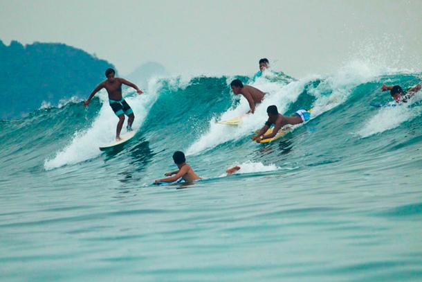 Aceh Surfing Digelar di Kuala Cut Lampuuk