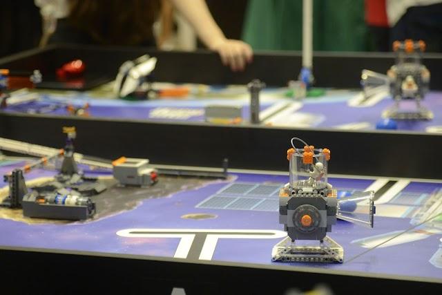 Brasileiros ganham torneio mundial de robótica nos Estados Unidos