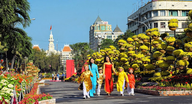 7 Tips for travellers in Ho Chi Minh City during Tet holiday 2