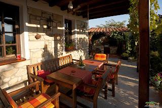 Kırcaali Glavatartsi'de kaldığımız evin verandası