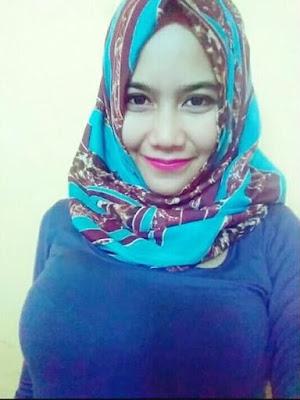 Nonton Bokep Indo Cewek Semox Jilbab Crot Di Dalam