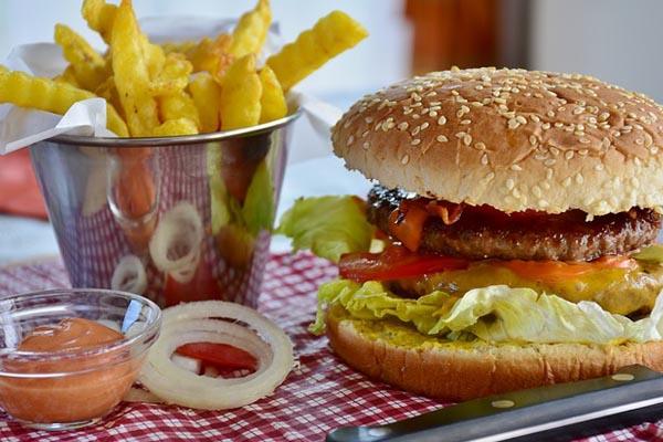 Makanan Cepat Saji Bagi Kesehatan