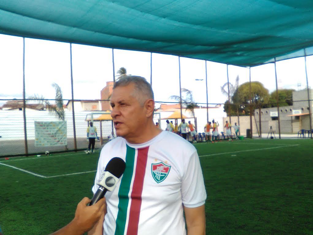 O técnico Arnaldo Lira ficou satisfeito com o desempenho do Fluminense de  Feira 03d3616bdca23