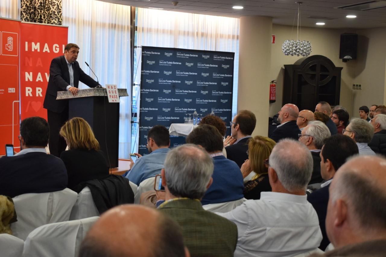 El Ministro de Agricultura, Pesca y Alimentación en Navarra