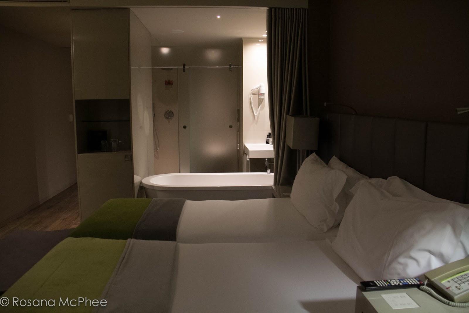 Melia Hotel London Contact