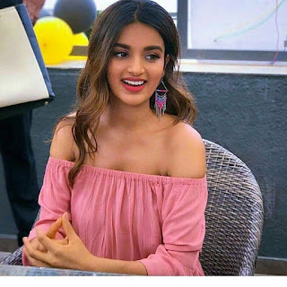 Nidhhi Agerwal HD Images Gallery
