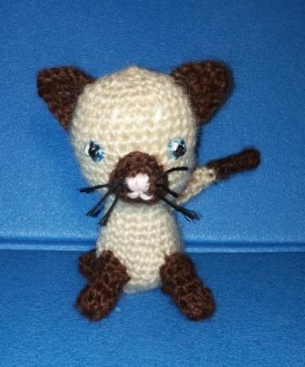 Schema gattini amigurumi facili. (con immagini)   Uncinetto ...   405x336