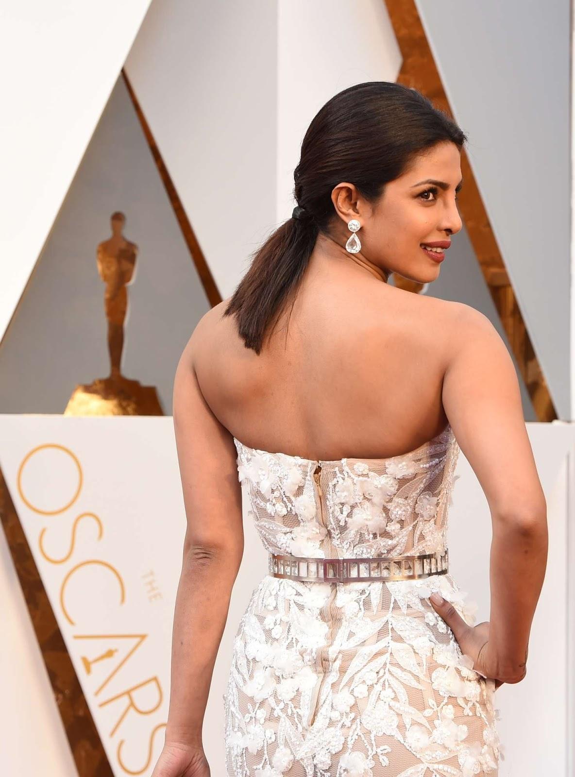 Priyanka Chopra Stunning Bold Dazzling White Gown at OSCARS 2016