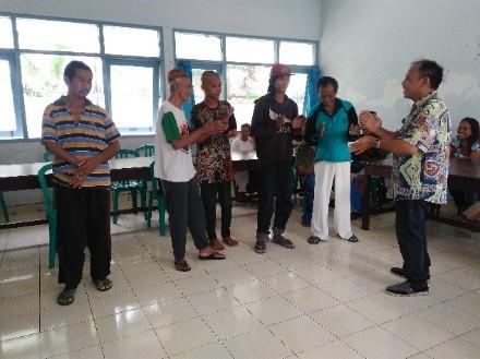 Balai Rehabilitasi Sosial Bina Karya Dan Laras Diy Interaksi Sosial Sebagai Wahana Komunikasi
