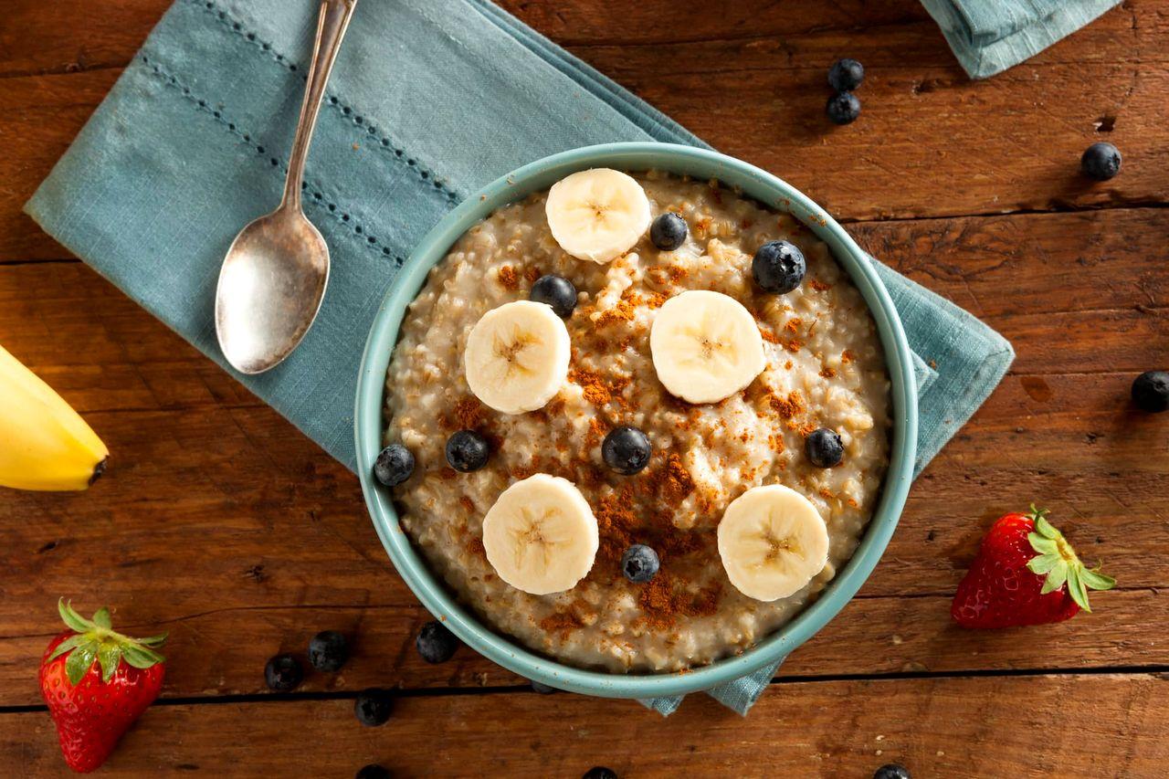 Oatmeal untuk Makanan Diet (hellosehat.com)