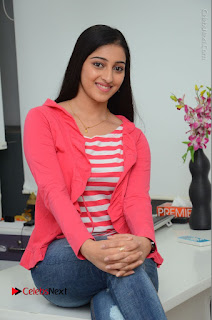 Telugu Actress Mouryani Latest Pos in Blue Denim Jeans  0156.JPG