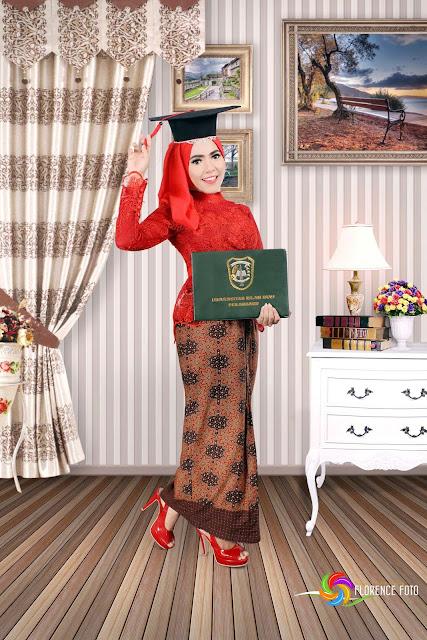Contoh Pose Foto Wisuda Di Florence Studio Studio Photo Pekanbaru