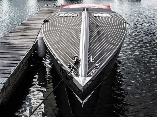 London Motor Group first powerboat customisation: Project Noire front