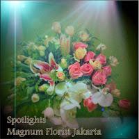 Tulip-Mawar-Vas-Bunga-Cantik