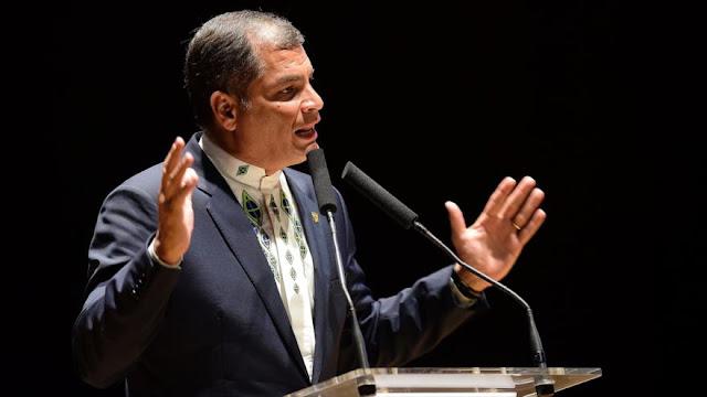 Correa: oposición tiene 'amarre' con banqueros prófugos en EEUU