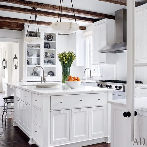 Pictures Of White Kitchens: Content In A Cottage