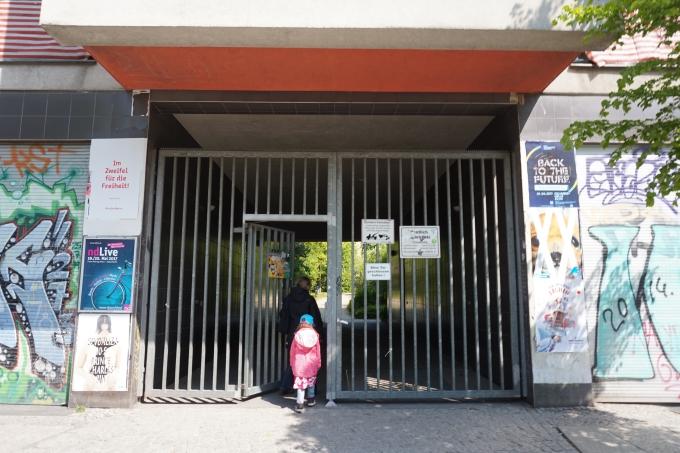 Berliinin leikkipaikat ja leikkipuistot lapsiperheille - tässä sisäänkäynti salaiseen puutarhaan