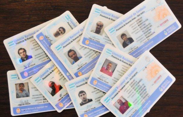 Licencia de conducir: Los municipios no pueden exigir el libre deuda para su renovación