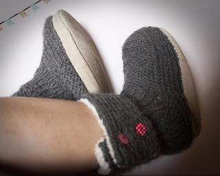 http://fils-en-aiguilles.blogspot.com/2017/02/tricot-chaussons.html