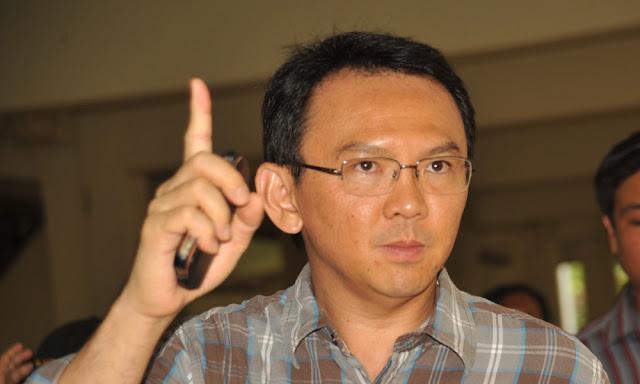 Ahok Telah Sibak Semak, Jokowi Tinggal Pukul Ular Beludak