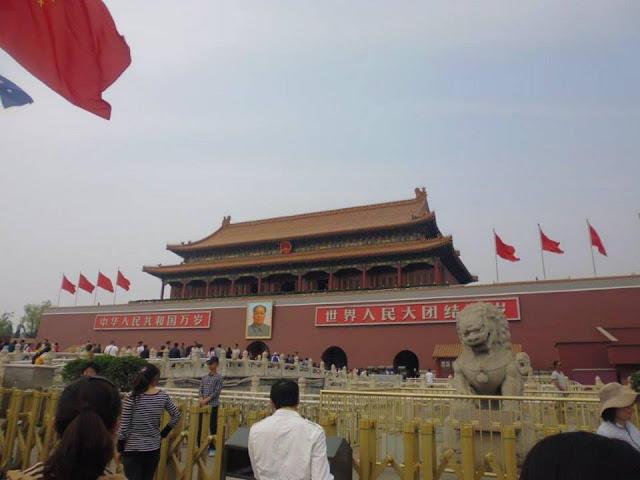 Puerta de Tian'anmen (Beijing) (@mibaulviajero)