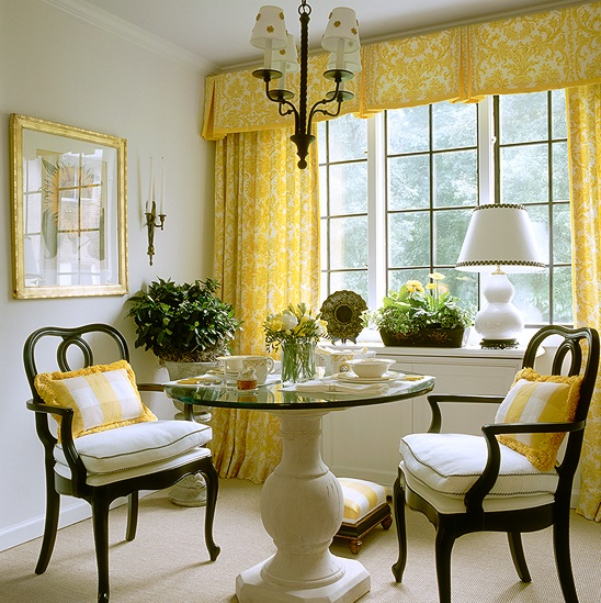 Yellow Dining Rooms: Beachnut Lane: A Colorful Designer~ Kelly Proxmire