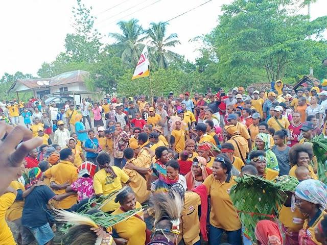 Kampanye Partai Hanura Dapil 2 Di Kampung Haha Distrik Seremuk