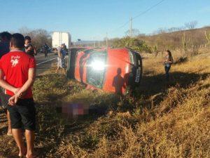 Acidente deixa 2 pessoas mortas e 2 feridas na CE-377, que liga Acopiara/Catarina