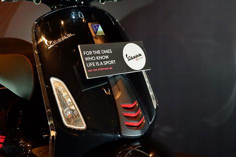 Vespa Sprint Carbon Edisi Terbatas Hanya Dibanderol Rp 42,5 Juta