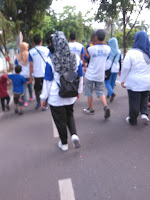 jalan santai, jalan kaki sehat, berjalan kaki untuk kesehatan