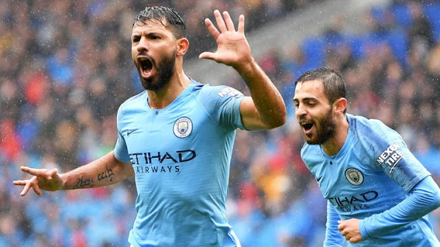 Sergio Aguero celebrates Manchester City goal