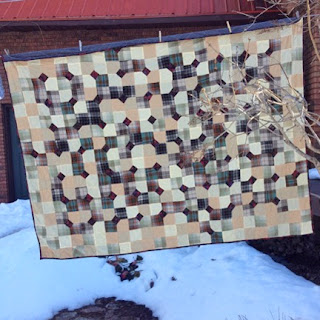 plaid flannel Bowtie quilt: QuiltBee