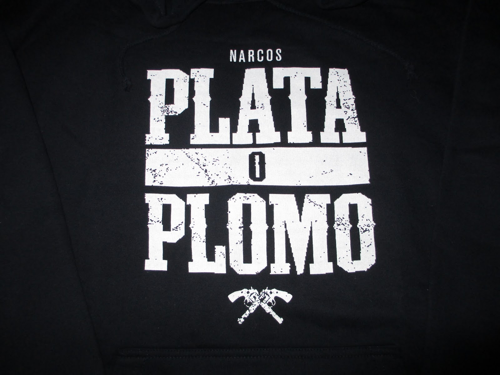 plata o plomo silver or lead by marie javdani Silver or lead essay - 331 words - studymode marie javdani's plata o plomo:silver or lead tells a story of how the united states attempts to fight man learned to separate silver from lead as early as come on, america.