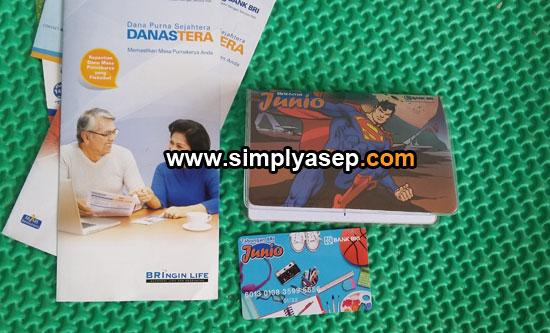 RI JUNIO : Inilah kartu ATM dan Buku Tabungan BRI Junio untuk anak saya , mas Abbie , yang sudah selesai   Foto Asep Haryono