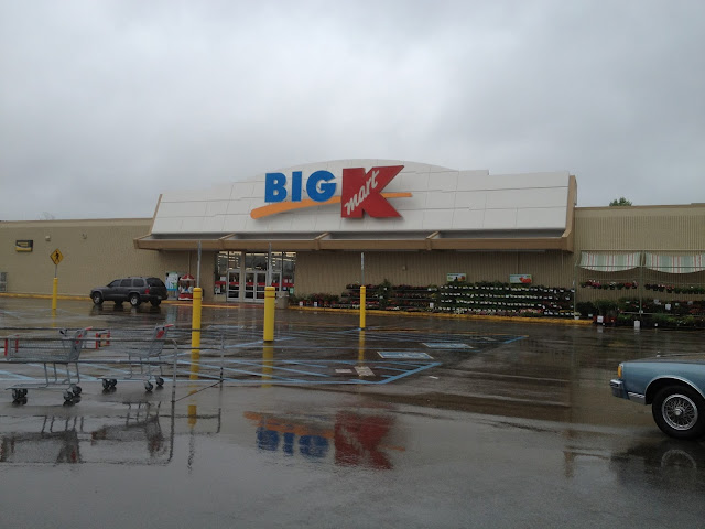 Dead and dying retail photos of kmart expansion stores for Target clarksville tn