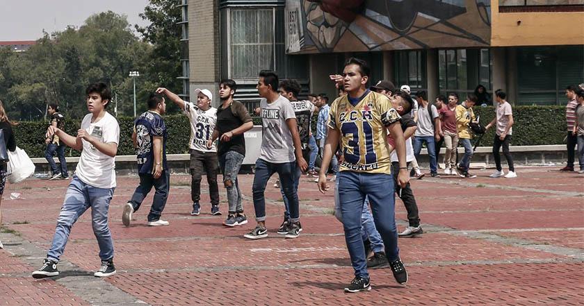Porros vinculados con el PRI son los responsables de los taques con armas y bombas molotov a estudiantes en CU.