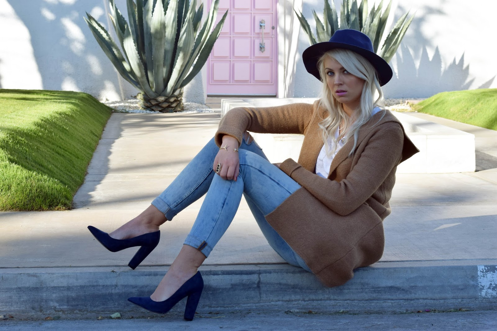 shushop, long cardigan, blue heels, palm springs, pink door