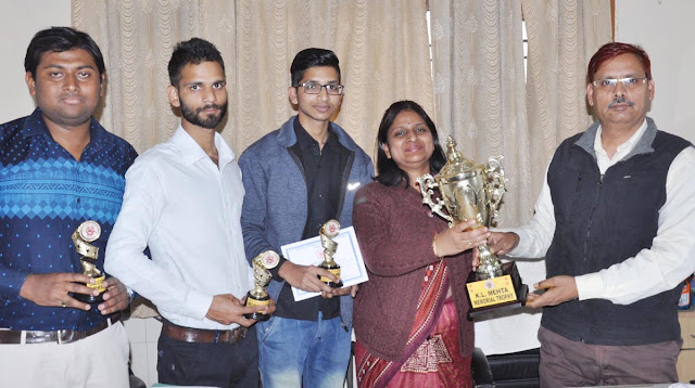Award to YMCA University team in science competition