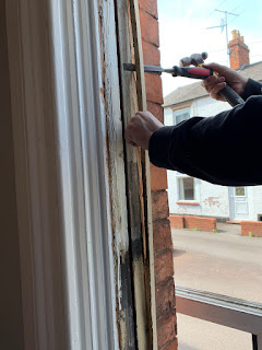 Removing sash frame