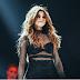 Selena Gomez anuncia que su nuevo álbum está casi listo.