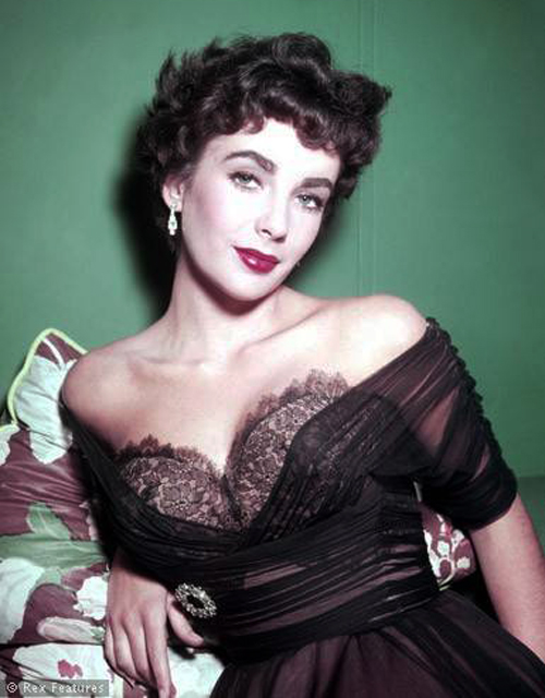 Fabulous The Hair Style File Elizabeth Taylor Sets 1950S Trends In Short Short Hairstyles Gunalazisus