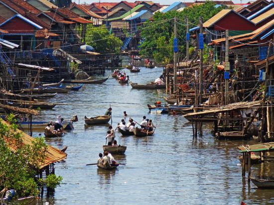 Visite Angkor en 2 Jours - Tonlé Sap et Beng Mealea