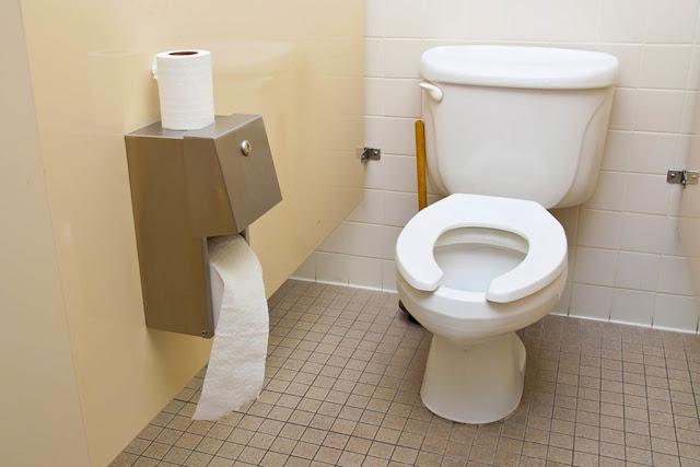 Apa Kesudahannya Kalau Toilet Dilengkapi Teknologi Kecerdasan Buatan?