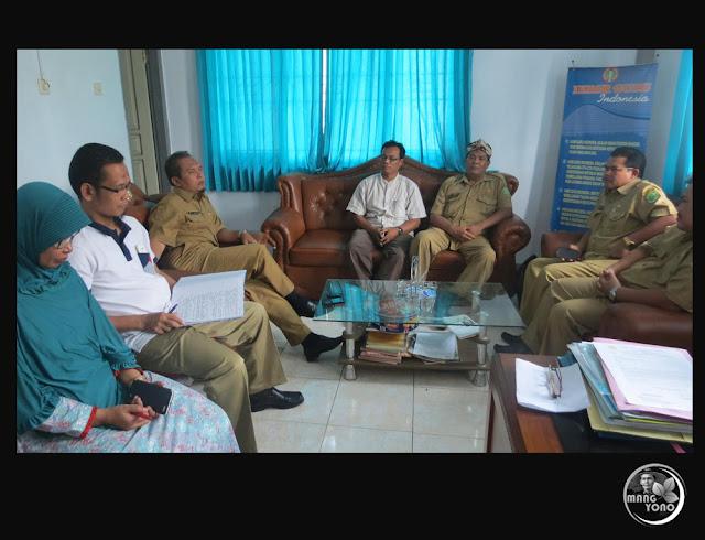 Persatuan Guru Republik Indonesia (PGRI) Kabupaten Subang. Foto dari medsosnya Pak Ade Mulyana