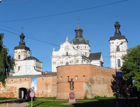 Бердичів. Фортеця-монастир Ордена Босих Кармелітів